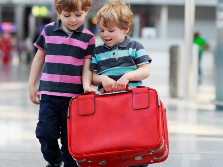 Как осуществляется выезд ребенка за границу