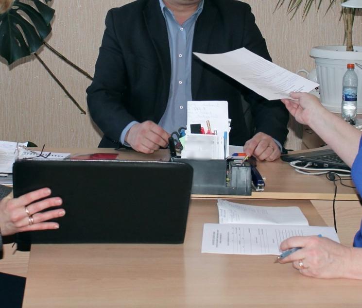 Написать заявление в орган опеки и попечительства