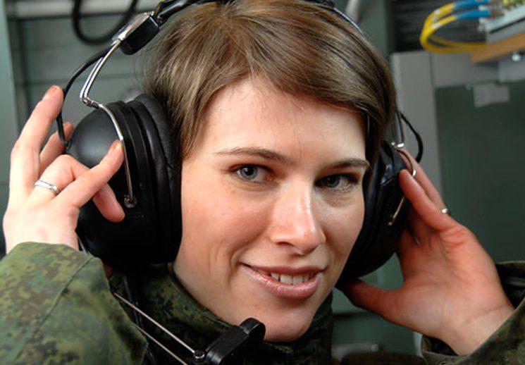 Служба в армии по контракту для женщин